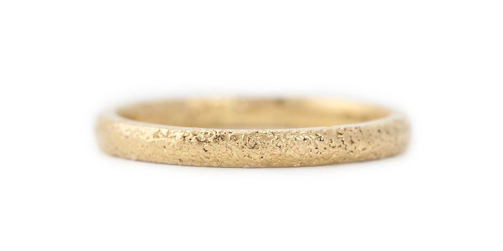 Textured 18ct Yellow Gold Wedding Band 2mm