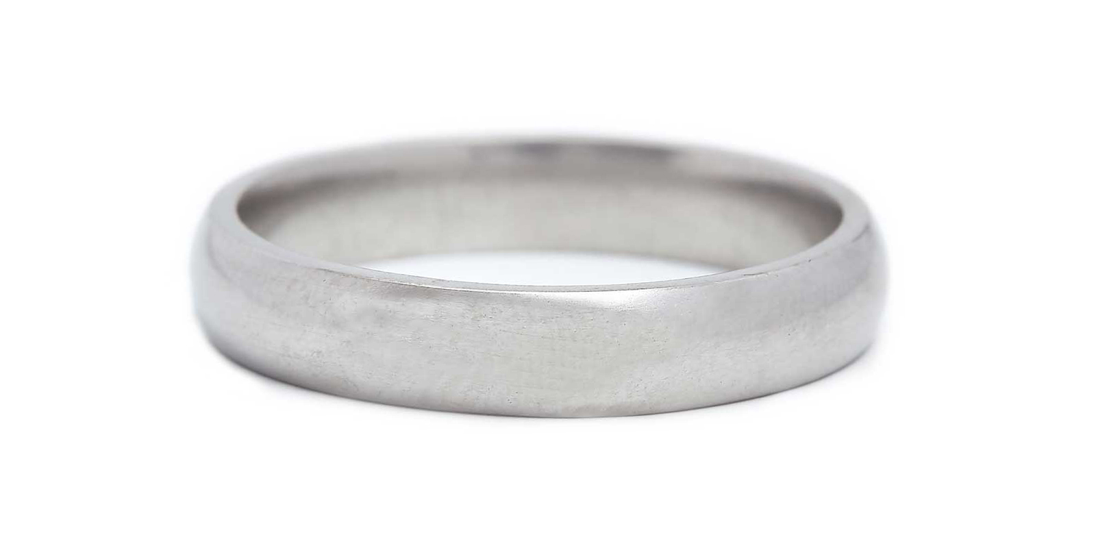 Court Shaped Platinum Band