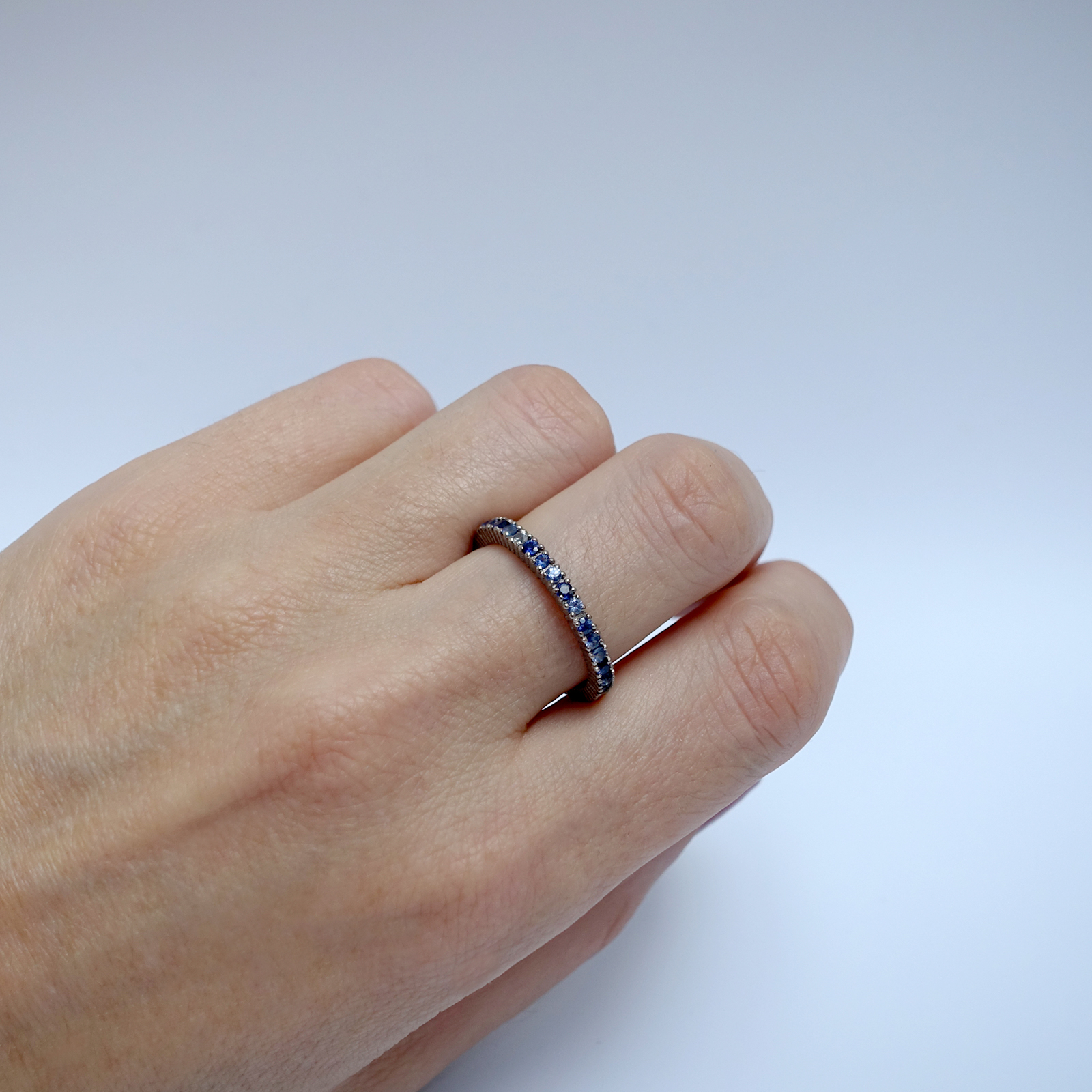 Full Eternity Ring – 18ct White Gold