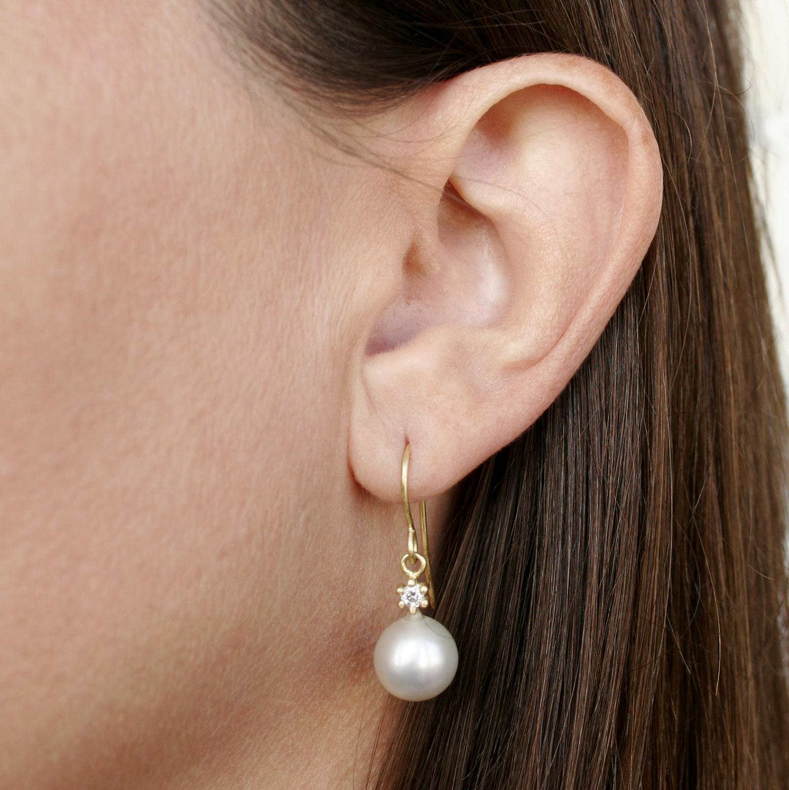 Pearl Drop Earring