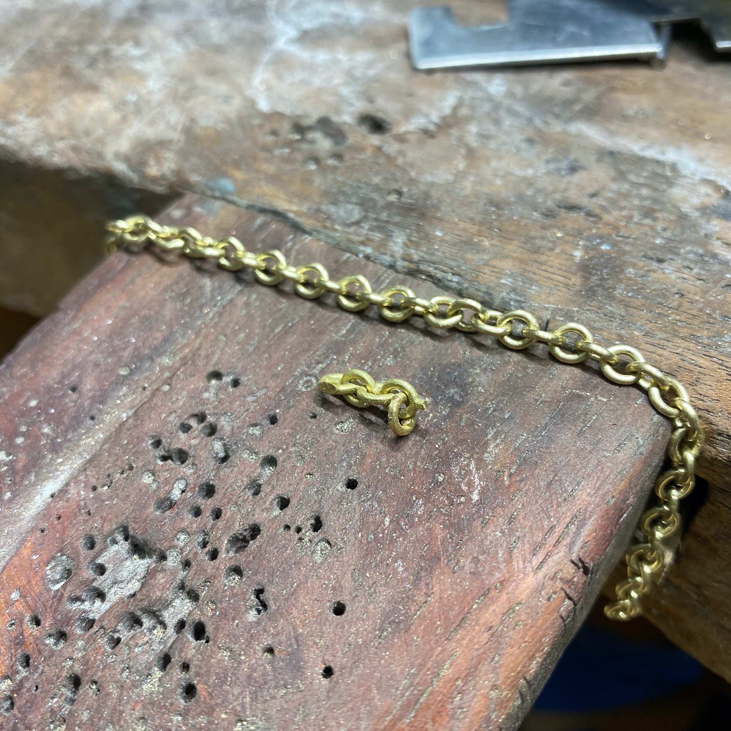 Linked 18ct Gold  Bracelet